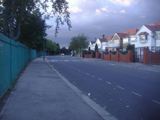 Aylestone Avenue, Brondesbury Park