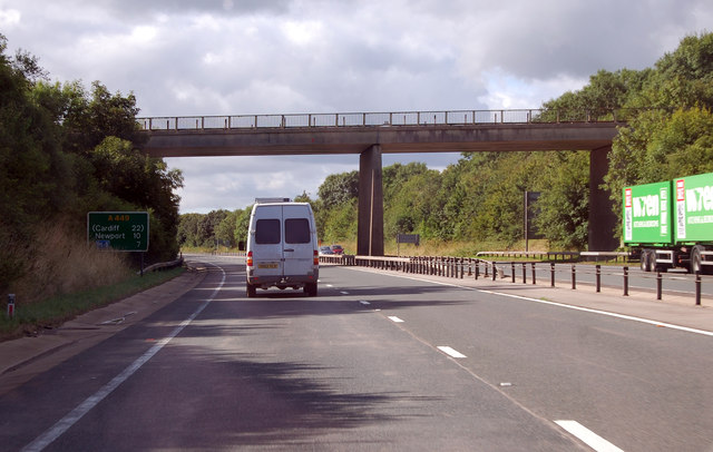 A449  southbound, 7 miles to the M4