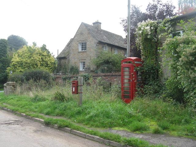 Post box and phone box at Stowfield