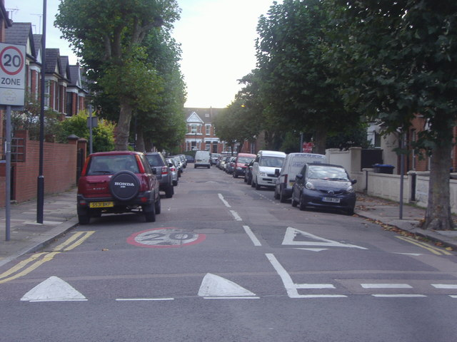 Radcliffe Avenue, Willesden
