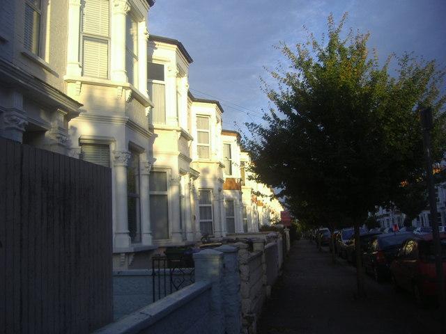 Houses on Buchanan Gardens, Kensal Rise