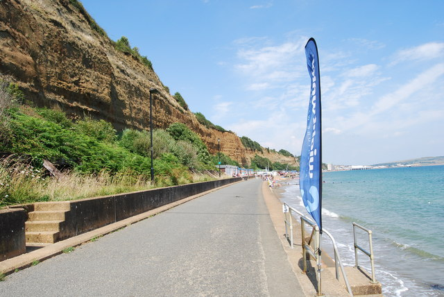 Walking from Shanklin to Sandown (8)