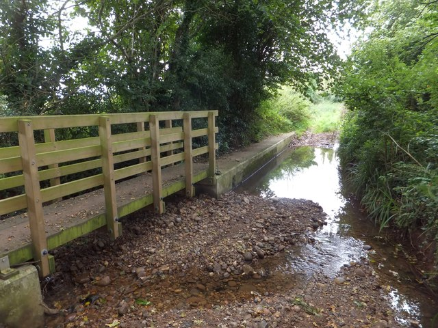 Footpath bridge and ford through Littleham Brook