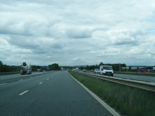 M62 westbound at Junction 31