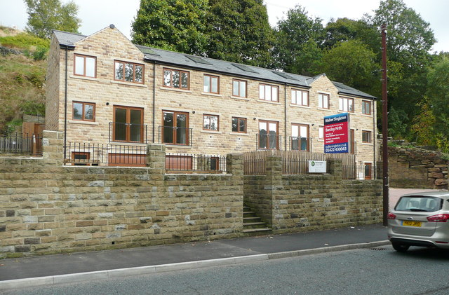 New houses, Burnley Road, Luddenden Foot