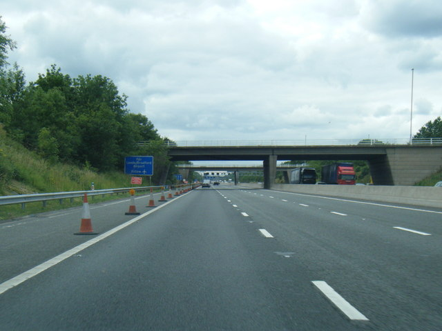 M62 westbound at Junction 30