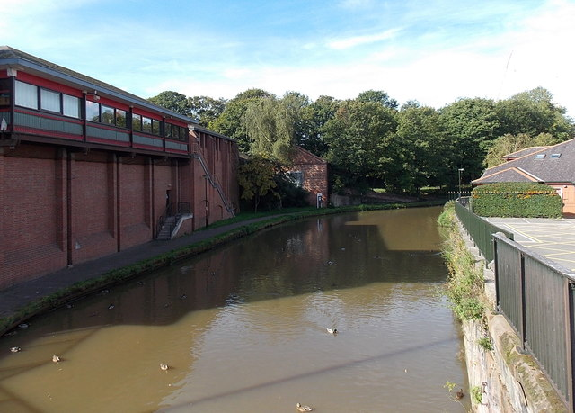 Shropshire Union Canal viewed from Frodsham Street, Chester