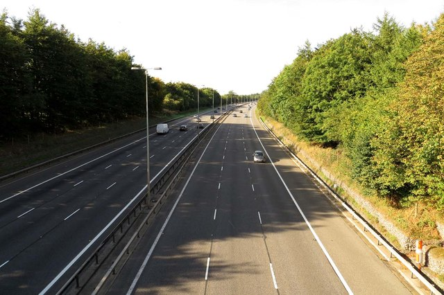 The M40 northbound from Bigmore Lane Bridge