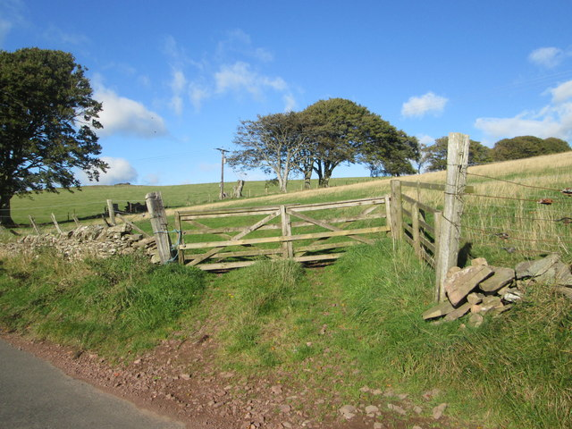 A gate in to the fields beyond