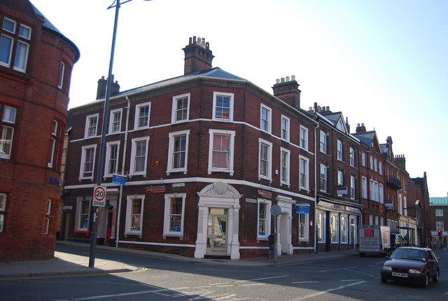 Corner of Upper King St & Bank St