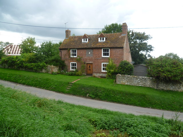 Cottage in Church Lane, Aldington