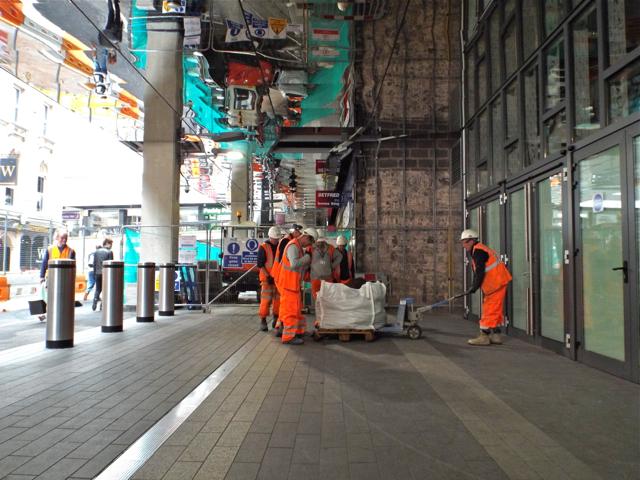Moving something heavy, New Street station rebuild, Stephenson Street