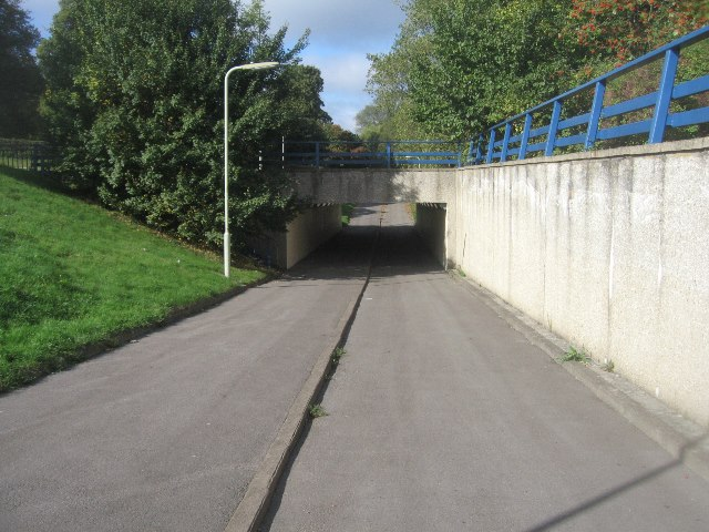 Subway under the A33