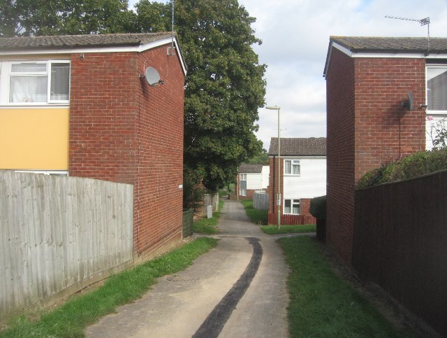 Path between the houses