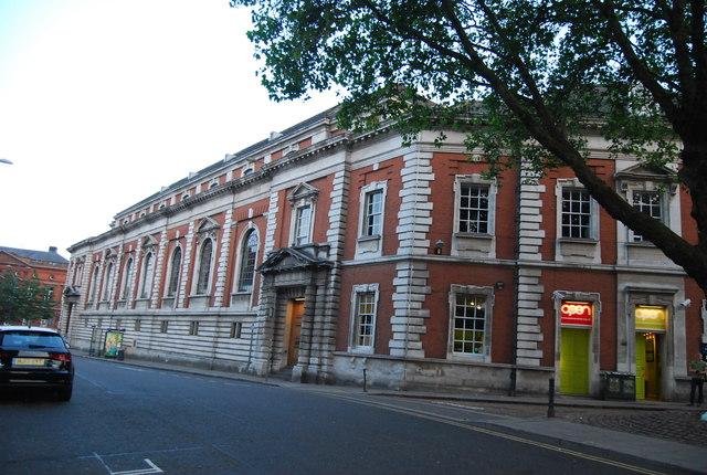 2, Redwell St