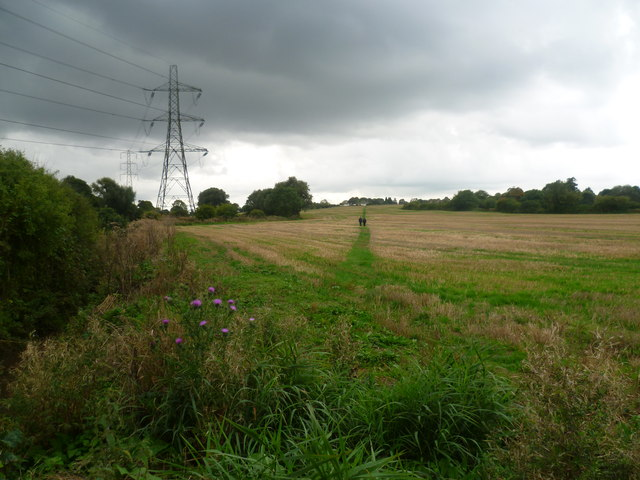 Footpath to Aldington Corner