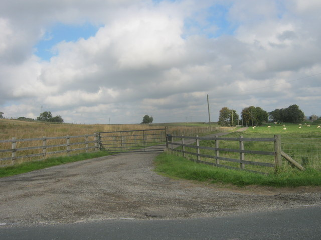 Gated entrance to Middle Horsleyhope Farm