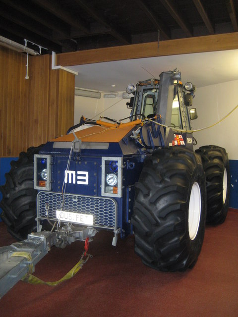 Staithes RNLI M3 Submersible Tractor Unit