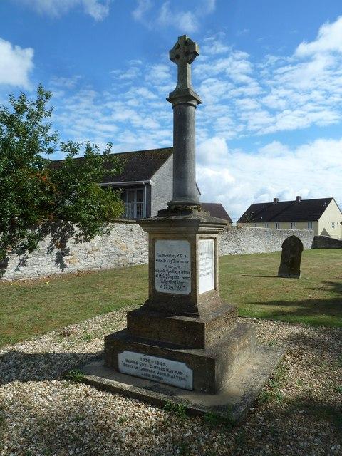 Saint Mary Major, Ilchester: churchyard (a)