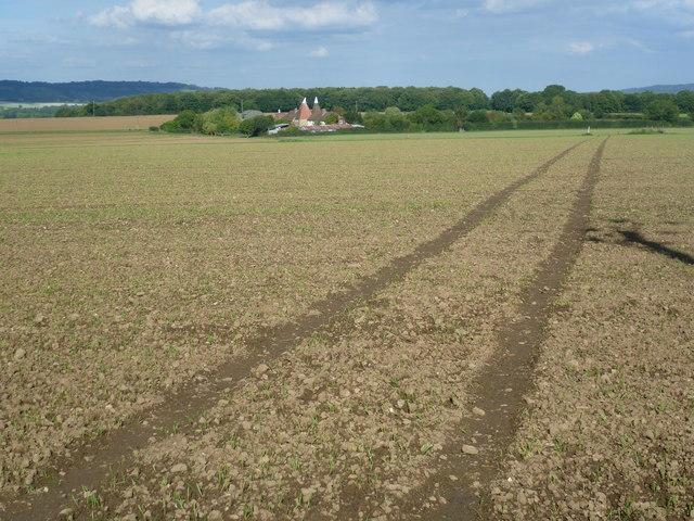 Footpath towards Godwell Farm