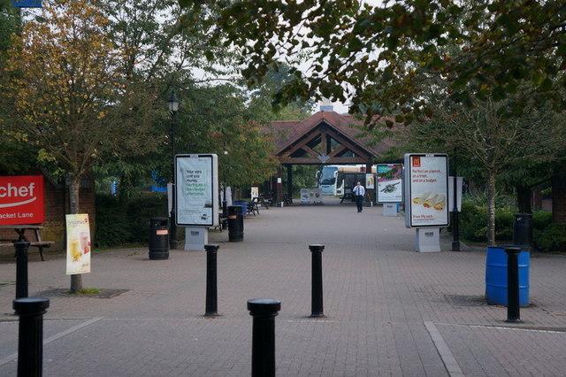 Clacket Lane Services, M25