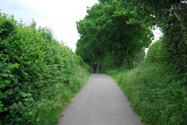 Track to Henhurst Farm