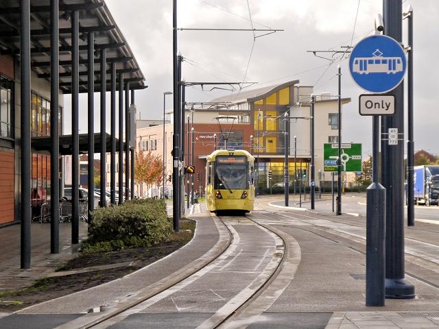 Metrolink Tram on Wellington Road