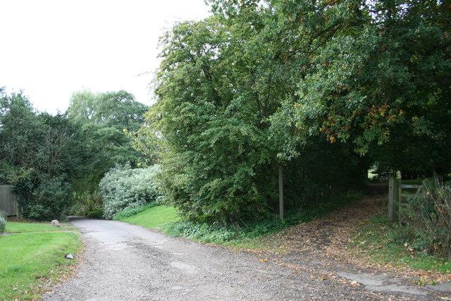 Fullers Farm Road at Hookwood Farm