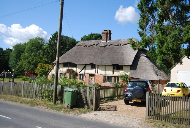 Thatched cottage, Staplecross