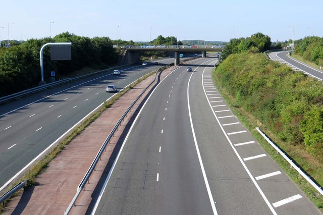 The M40 looking northbound