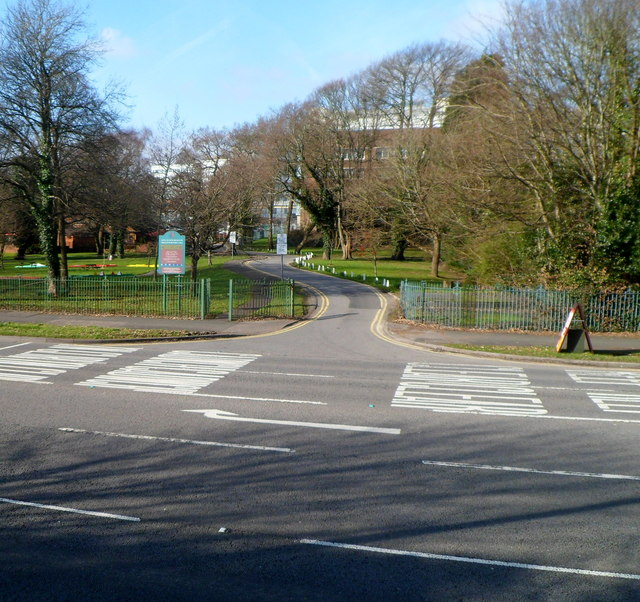 Entrance road to Singleton Park boating lake, Sketty, Swansea