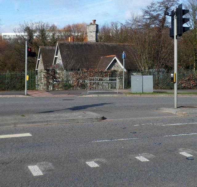 Lodge in the SW corner of Singleton Park, Swansea