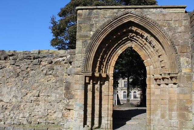East Processional Doorway, Kilwinning Abbey