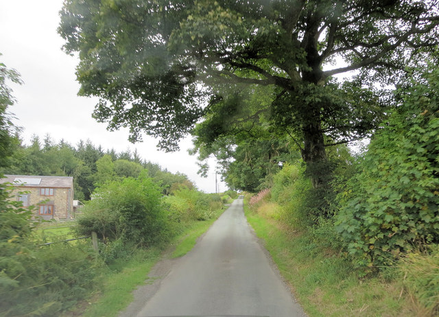 Un-named lane east of Cefnymaes-Bach