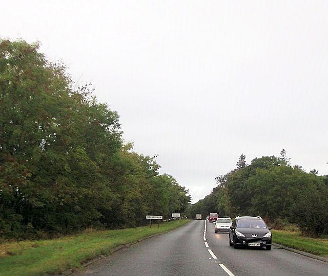 A487 entering Dolbenmaen