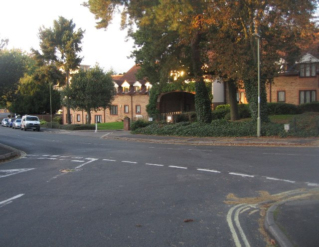 Salisbury Road / Church Avenue