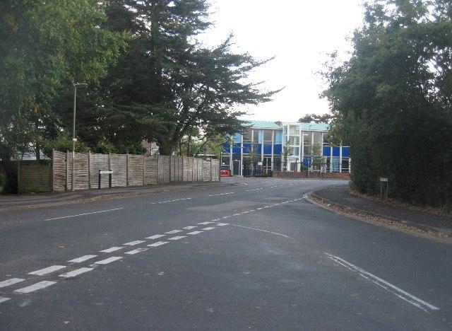 Salisbury Road / Church Avenue