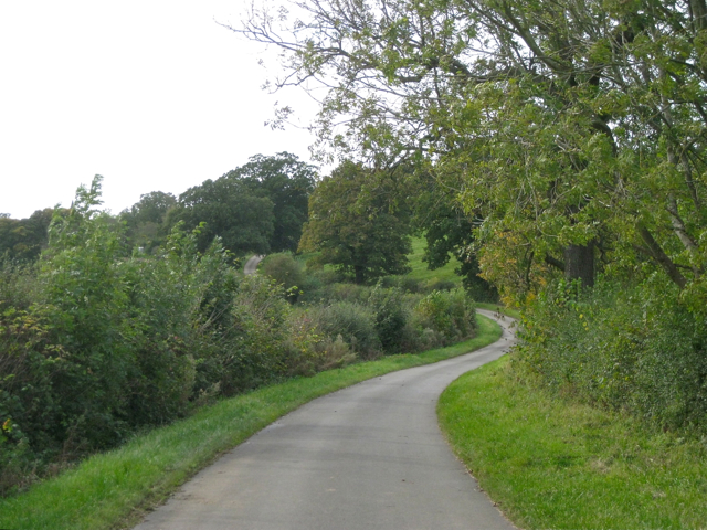 Winding road to Winderton
