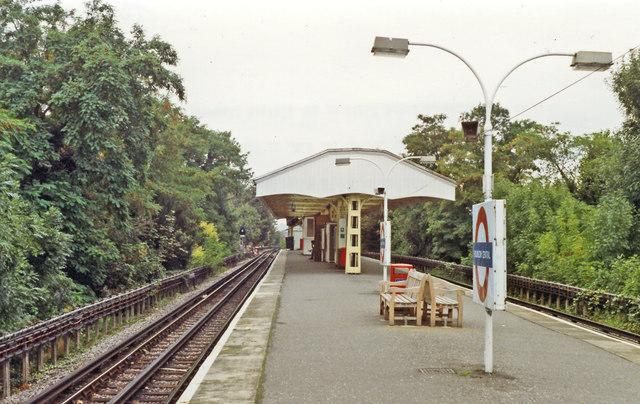 Hounslow Central station, 1992