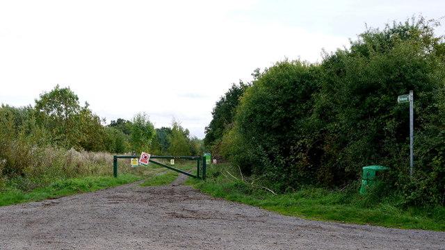 Bridleway into Fermyn Woods