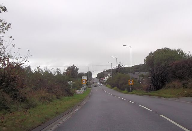 Entering Bryncir from the south