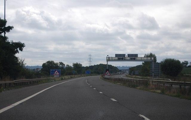 M48, eastbound