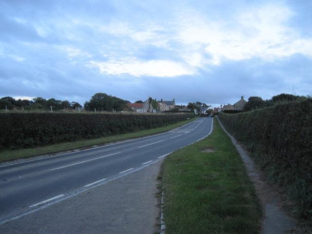 A174  into  Lythe  village