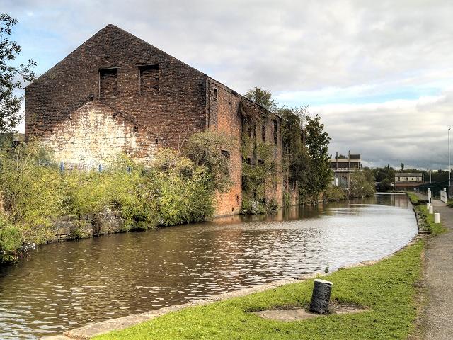 Ashton Canal, Clayton