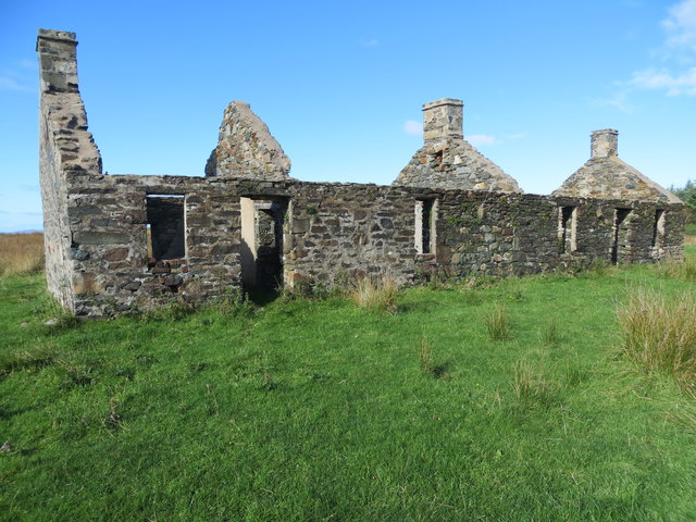 Derelict cottages beside the B8024