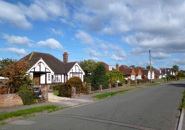 Hilltop Road, Woodley