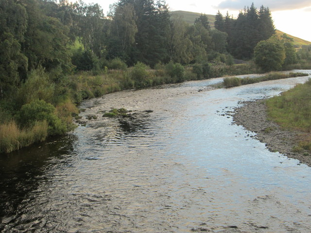 Looking upstream on the River Clyde