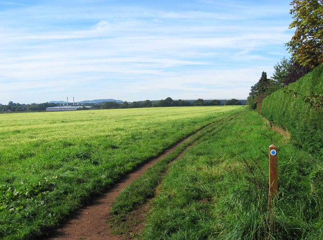 Bridleway at edge of field, Spennells, Kidderminster