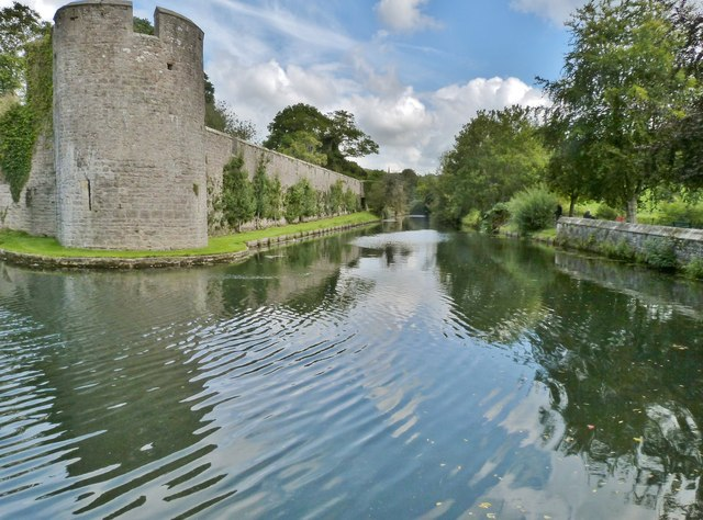 The moat of the Bishop's Palace. Wells