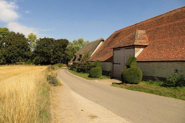Barn on Mackney Lane